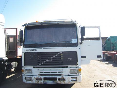 тягачи и грузовики-Volvo-F12